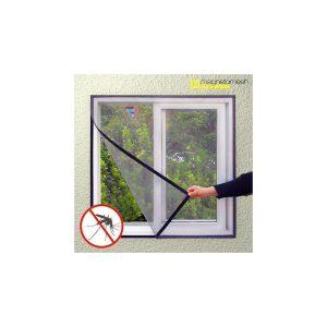 La mosquitera para ventana Magneto Mesh Screen es una excelente mosquitera adhesiva perfecta para impedir que los insectos entren en el hogar. Fácil de instalar mediante una tira de velcro, tiene unas dimensiones de 100 x 120 cm. Se puede recortar a la medida que se desee. Fabricada en poliéster 100 %. Color negro.